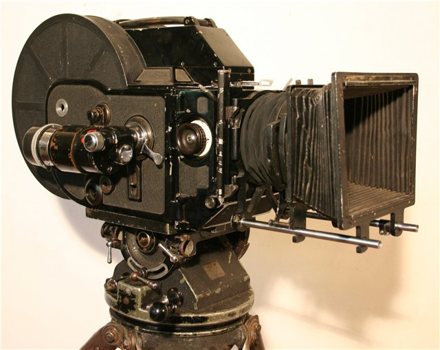 Советская кинокамера менеджер рисунок